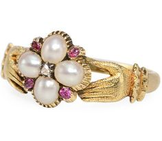 Exquisite Georgian Fede Locket Ring, 15k yellow gold, garnet, diamonds and natural half pearls. Circa 1820. The Three Graces.