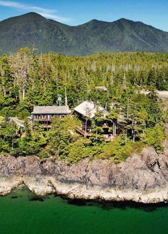 Middle Beach Lodge, Vancouver Island BC