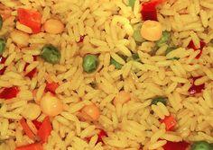 κύρια φωτογραφία συνταγής Ρύζι σπυρωτό με κάρυ και λαχανικά