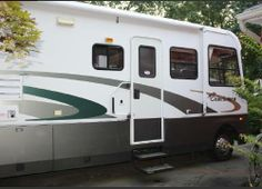 2003, Coachmen Aurora 34MBS Many Camping extras will be included such as Tow Dolly, Hoses, Leveling Blocks, Outdoor Turf Rug, Screen Room, and Much More! Original Owner, No smoking, No pets. Has a Ford V10 Engine. - See more at: http://www.rvregistry.com/used-rv/1003621.htm#sthash.5xGNbrW1.dpuf