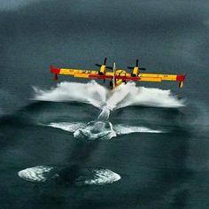 CL-415, splash!