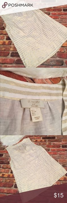 St. Tropez Linen V-Neck Tank Blouse Preowned St. Tropez Linen V-Neck Tank Blouse.  Size Small.  Beautiful light gold stripes throughout.  Made from 100% Linen. This has been preloved and is in good condition.   See all pictures as you will receive as pictured.  No trades/no holds.  All offers (lowest ?'s) via make offer button only please (reasonable offers). Thanks for looking and Happy Poshing! St. Tropez Tops Blouses