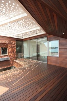 Stereoscopic House by Pencil Office