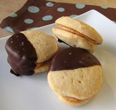 Chocolate-Dipped Peanut Butter Sandwich Cookies #SundaySupper