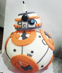 BB8 Cake by Sheila Go