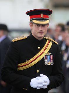 Prince Harry Photos - British Royals at Grand Place - Zimbio