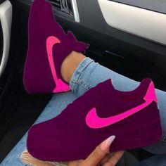 Nike Shoes OFF!> sneakers for men nike Cute Nike Shoes, Cute Sneakers, Adidas Shoes, Sneakers Nike, Comfy Shoes, Kids Sneakers, Jordan Shoes Girls, Girls Shoes, Shoes Women