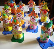 Φωτογραφία του χρήστη Ένας παραμυθένιος κόσμος. Art For Kids, Crafts For Kids, Relleno, Art Projects, Paper, Desserts, Inspiration, Food, Clowns