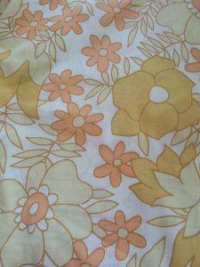 yellow retro fabric cocojude Retro Fabric, Crafty, Rugs, Yellow, Cards, Blog, Home Decor, Farmhouse Rugs, Decoration Home