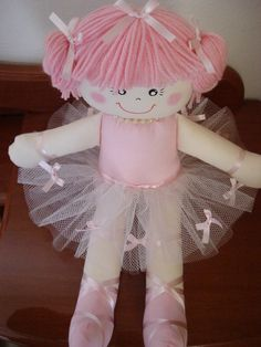 boneca de pano - Pesquisa Google Fabric Dolls, Rag Dolls, Toy 2, Beautiful Dolls, Decoration, Doll Clothes, Projects To Try, Homemade, Sewing