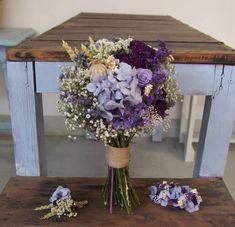 Ramo-de-novia-flores-preservadas-Valentina-Nero--(21) My Wedding Planner, Wedding Prep, Our Wedding, Wedding Planning, Dream Wedding, Wedding Stuff, Lilac Wedding, Wedding Bouquets, Wedding Flowers