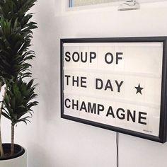 Champagne campaign.  : @damselindior
