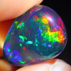 6.52Ct Contra Luz Rainbow Color Ethiopian Welo Crystal Opal RRP$500