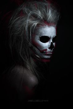 Red Skull makeup - Creative Photography