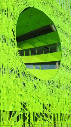 Lyon -Euronews Headquarters, Confluence | Photo by Ayuna Skol Ofenstrü (April 2014) #building #immeuble #contemporain #modern #green