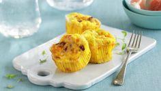 Omelettmuffins med skinke Family Meals, Family Recipes, Cantaloupe, Macaroni And Cheese, Pineapple, Garlic, Eggs, Fruit, Vegetables