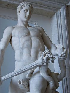 Hercules slaying the Hydra Roman copy of 4th century BCE original by Lysippos