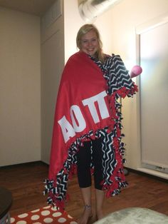 A great big/little gift idea is making an Alpha Omicron Pi Sorority Blanket! This #DIY will definitely be appreciated. #aopi