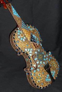 Gorgeous mosaic violin! By mosaic artist Sherry Moon