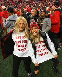 Graphic sweatshirts are perfect for gameday outfits at Ohio State University!
