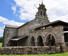 Eglise San Salvador de Vilar de Donas, commune de Palas de Rei, comarque de Ulloa, province de Lugo, Galice, Espagne. by byb64, via Flickr