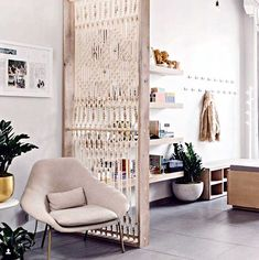 47 Ideas for wall hanging macrame diy room dividers Macrame Wall Hanging Diy, Macrame Art, Diy Room Divider, Room Dividers, Deco Boheme Chic, Kitchen Wall Shelves, Interior Design, Decoration, Furniture