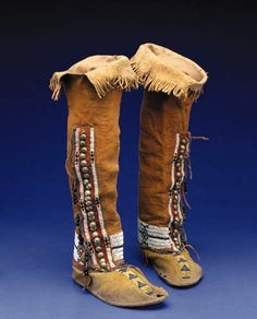 northern cheyenne women's boots, with german buttons