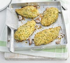 Homemade chicken Kievs don't have to mean hours in the kitchen. Just add spuds and salad before serving, from BBC Good Food magazine. Chicken Kiev Recipe, Easy Chicken Wing Recipes, Bbc Good Food Recipes, Cooking Recipes, Yummy Food, Fun Food, Gourmet Recipes, Diet Recipes, Quorn Chicken
