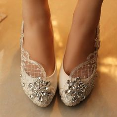 Handmade Women's Middle Heels Pointed Toe Lace Crystal Wedding Bridal Shoes, S007 Description - Platform Height: Flat - Heels: 4cm - Toe Shape: Pointed Toe - Inside Material: Leather, PU - Outside Mat