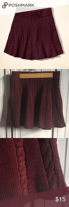 HOLLISTER KNIT SKIRT Beautiful maroon knit skirt that'll keep you warm and stylish this season♥️ Pair with booties or riding boots to make the perfect outfit. ✨make me an offer✨ Hollister Skirts