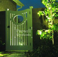 http://www.prowellwoodworks.com/gate/2_1a_garden_gate.jpg