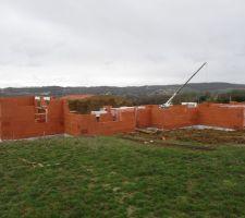 les murs sont en cours d elevation