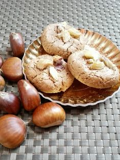 webcam - The World`s Most Visited Video Chat Biscotti Cookies, Cannoli, Bagel, Cookie Recipes, Biscuits, Stuffed Mushrooms, Good Food, Bread, Vegetables