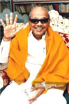 Kalaignar Karunanidhi HD Photos for WhatsApp DP, Facebook Cover. - #1526 #kalaignar #kalaignarkarunanidhi #karunanidhi #tamilnadu #politician Rare Photos, Hd Photos, Wedding Album Cover, Group Cover Photo, Header Pictures, Facebook Profile Picture, Birthday Wishes Quotes, Twitter Cover, Twitter Image