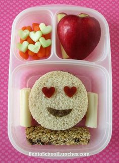 Smiley Face EMOJI Valentine's Day Bento Lunch – kids friendly meals Toddler Meals, Kids Meals, Back To School Lunch Ideas, Lunch Kids, Boite A Lunch, Meal Prep For The Week, Creative Food, Good Food, Yummy Food