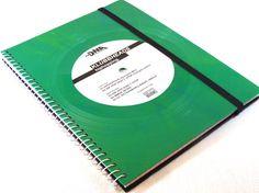 Notizbuch aus Schallplatte- Notizbuch-Kollegeheft-Wiederverwendbar! *Das außergewöhnliche Musiker-Geschenk! Klubbheads-hiphopping *  Notizbuch, Ringbuch mit 160 Seiten, vorne und hinten mit...
