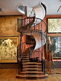 Extra ordinary Staircase at Museum Moreau Paris. Photo by #smgtreppen www.smg-treppen.de #treppen #stairs #escaleras #treppenbau #holztreppen #wirdenkenmit #awesome #welovestairs