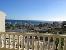 Rent a house facing the ocean !#holiday #travel #new #year #sun #beach #portugal #algarve #año #nuevo #vacaciones #playa