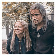 "Geralt Of Rivia / Henry Cavill on Instagram: ""Henry (Geralt) & Freya (Ciri) on set for the last scene in season one 🤩 ___________________________________________________ [ #henrycavill…"" The Witcher Series, The Witcher Books, The Witcher Geralt, Witcher Art, Witcher Wallpaper, Sword Of Destiny, Bae, Fantasy Movies, Art Memes"