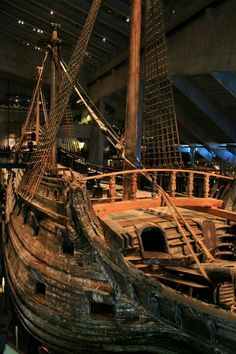 Most Popular Power Boats and Why to Use Them – Voyage Afield Vasa Museum, Swedish Navy, Big Yachts, Old Sailing Ships, Sweden Travel, Voyage Europe, Wooden Ship, Power Boats, Shipwreck