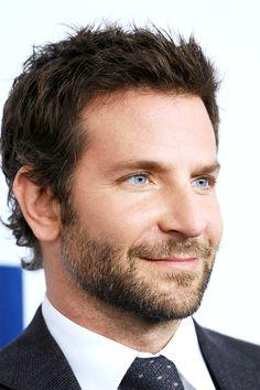 Lost In Wonderland Bradley Cooper Hair, Brad Cooper, Beard Suit, Stubble Beard, Hottest Male Celebrities, Celebs, Hollywood Actor, Actor Model, Haircuts For Men