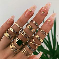 Woeoe Boho Gold Ring Set Punk Geometric Hollow Star Finger Rings Personalities Joint Knuckle Ring Set Midi Stacking Rings for Women and Girls(Pack of 13)