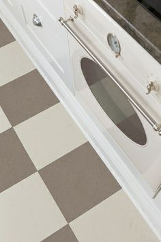 Linoleumgolv Forbo Marmoleum Click Liquid Clay Plattor 30x30 cm For kitchen floor