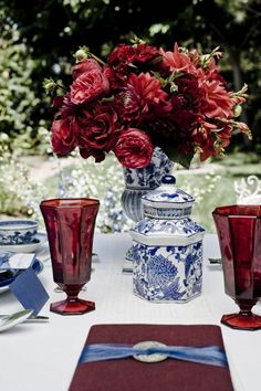 Fab w/ blue & whites ~ Marsala, pantone color of the year 2015 Blue And White China, Blue China, Red Wedding, Wedding Shoot, Merlot Wedding, Autumn Wedding, Wedding Tips, Wedding Planning, Dresser La Table
