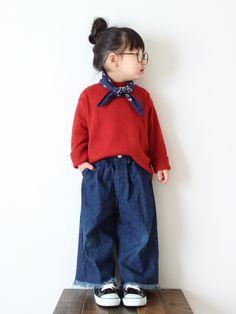 teiccoさんの「シンプルハイネックTシャツ(BRANSHES)」を使ったコーディネート Little Kid Fashion, Baby Girl Fashion, Toddler Fashion, Kids Fashion, Look Fashion, Kids Prints, Stylish Kids, Little Girl Dresses, Kid Styles