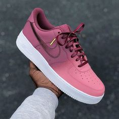 Apr 2020 - This Pin was discovered by The Custom Movement: Custom Nike, Adidas, Sneakers Mode, Sneakers Fashion, Fashion Shoes, Vans Sneakers, Fashion Outfits, Sneaker Outfits, Nike Outfits, Sneaker Boots, White Nike Shoes
