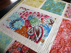 Loulouthi Tiles Quilt--Love the hand quilting