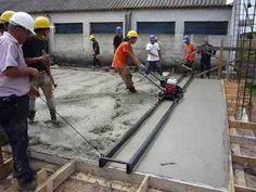 Ejecución de pavimento de 15 cm de espesor de hormigón de 6.00m x 55.00 m en 12 horas de trabajo - YouTube