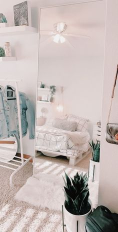 Dorm Room 36442 live your best life today – If you still have a pulse, God sti. Dorm Room 36442 live your best life today – If you still have a pulse, God still has a purpose. Cute Room Decor, Teen Room Decor, Room Ideas Bedroom, Bedroom Decor, Bedroom Inspo, Bedroom Inspiration, Ikea Bedroom, Bedroom Furniture, White Bedroom