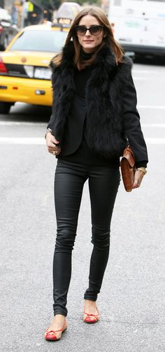 Olivia Palermo, leather, clutch, flats